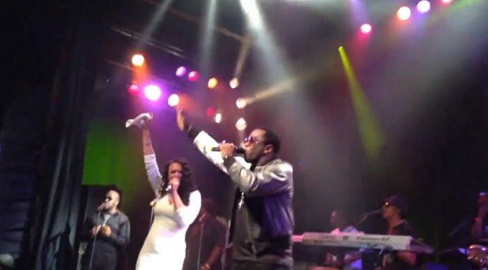 """Diddy & Faith Evans Perform """"I'LL Be Missing You"""" In LA (Video)"""