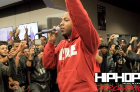 """Kendrick Lamar Performs """"Backseat Freestyle"""" At Best Buy In NYC (Throwback Video) (Shot By Rick Dange)"""