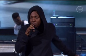 "Kendrick Lamar Performs ""M.A.A.d City"" & ""Bitch Don't Kill My Vibe"" during the 2014"