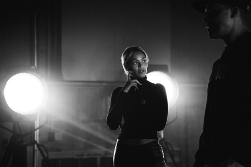 Beyonce Grammys  Beyonce Rehearsing  For Grammy Performance (Photos)