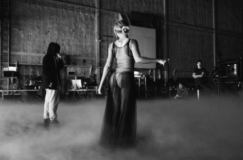 Beyonce Grammys 10 1 500x331 Beyonce Rehearsing  For Grammy Performance (Photos)