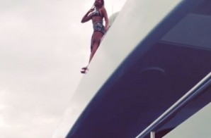 Jump in Love: Beyonce Leaps Off her Yacht (Video)