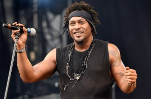 Listen To The Live Audio Version Of D'Angelo's Unreleased 'I'm Glad Your Mine' Cover