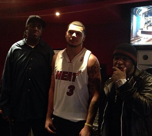Mike Evans Signs To Cash Money Sports Birdman Signs Texas A&Ms Mike Evans To Cash Money Sports