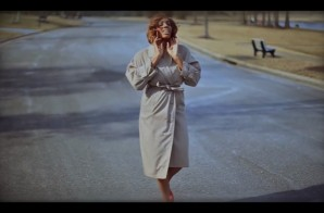 Lela Bizz – With the Lights Off (Video)