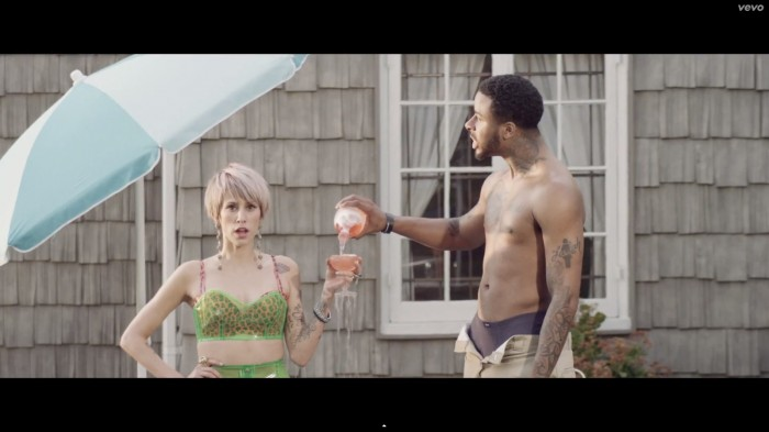 dev 1 Dev – Kiss It ft. Sage The Gemini (Video)