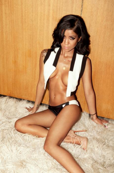 jhene aiko gq 02 Jhene Aiko Featured In GQ Magazine