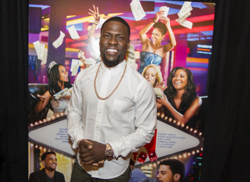 Kevin Hart Surprises Think Like A Man Too Video Kevin Hart Surprises Think Like A Man Too Moviegoers (Video)