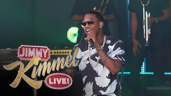 F0CaguV Trey Songz – Na Na / Foreign (Live On Jimmy Kimmel) (Video)