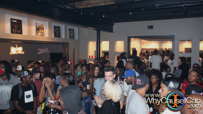 img 0997 Que   Can You Digg It Listening Party In Atlanta (Photos) (Photos via Jerry White)