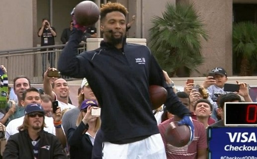 New York Giants Star Rookie WR Odell Beckham Jr. Sets Guinness World Record For One-Handed Catches (Video)