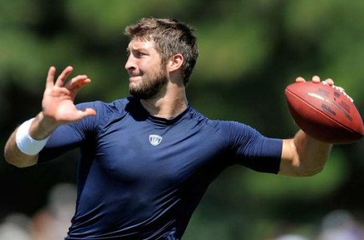 Birds Flying High: Tim Tebow Works Out For The Philadelphia Eagles