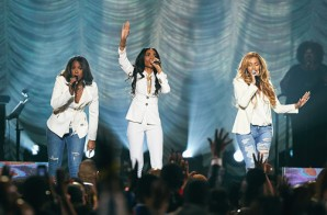 "Destiny's Child Reunites For A Live Performance Of ""Say Yes"" At The 2015 Stellar Awards (Video)"