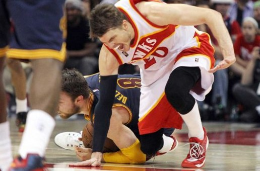 Atlanta Hawks Guard Kyle Korver Set To Be Out Three Months Following Ankle Surgery