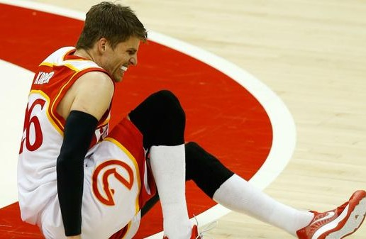 Wingless Hawk: Atlanta Sharpshooter Kyle Korver Out For The Remainder Of The Playoffs