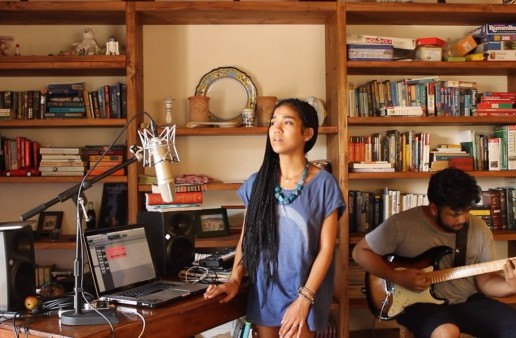 Jhené Aiko Performs A Song Medley Dedicated To Bill Withers (Video)