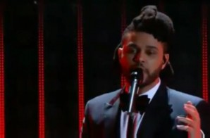 "The Weeknd Performs ""Can't Feel My Face"" & ""In The Night"" At 58th Annual Grammy Awards! (Video)"